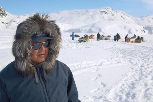 gười Inuit đi săn trên băng tuyết bất cứ lúc nào thời tiết cho phép. Ảnh: Bryan Alexander/GEO