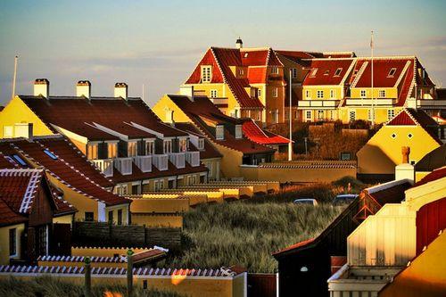 Màu vàng đặc trưng của nhà dân ở Skagen - Ảnh: Flickr.