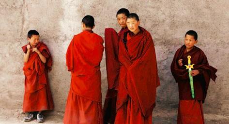 Nhà sư trên Cao nguyên Tây Tạng