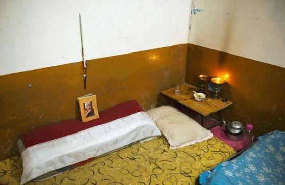 Chỗ ngủ của Yeshi trong căn hộ sống chung