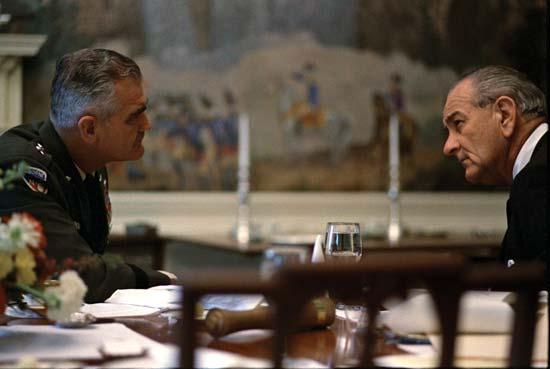 Tổng thống Johnson và Tướng Westmoreland
