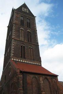 Chiếc tháp cao 80 mét của Nhà thờ Đức Bà Wismar