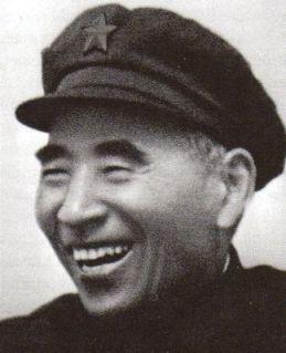 Đồng hành: Bộ trưởng Bộ Quốc phòng Lâm Bưu tham gia hỗ trợ cuộc cách mạng của Mao – và hy vọng sẽ kế tục ông ấy. Ảnh: GEO Epoche