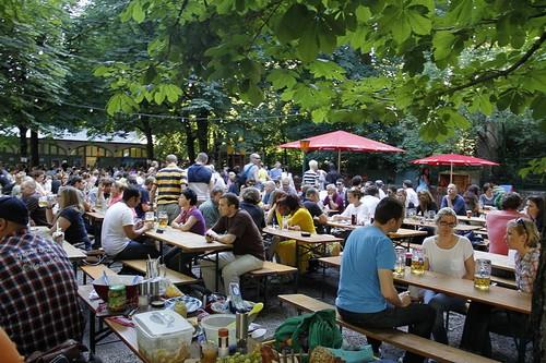 Vườn bia Hofbräukeller ở München. Ảnh: Wikipedia