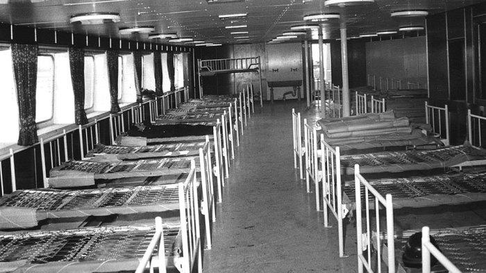 Giường bệnh trên tàu Helgoland