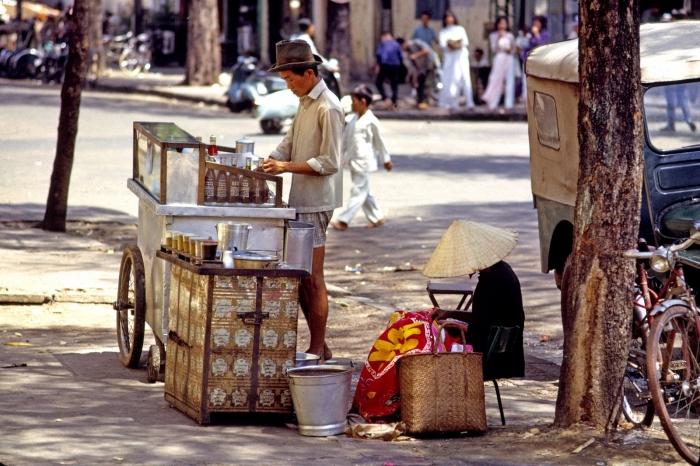Sài Gòn 1965/1966 hình của Thomas W. Johnson