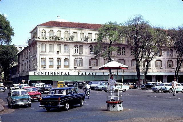 Khách sạn Continental 1965. Hình: Thomas W. Johnson