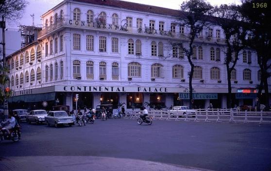 Khách sạn Continental 1968