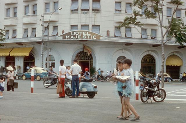 Khách sạn Majestic 1975