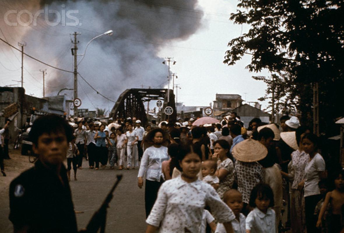 Image result for Dân Sài Gòn chạy lọan giặc cộng ngày cuối cùng