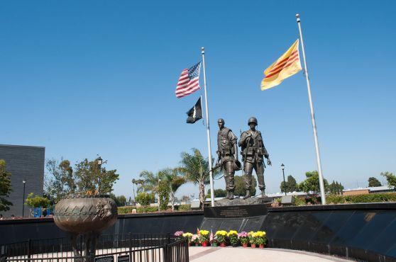 Đài tưởng niệm Chiến tranh Việt Nam ở Westminster, California. Hình: Wikipedia