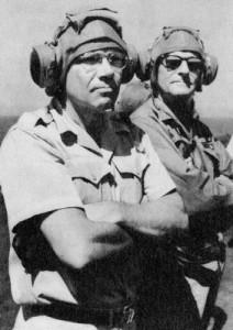 Bộ trưởng Bộ Quốc phòng Robert S. McNamara trong lần sang thăm Việt Nam năm 1965