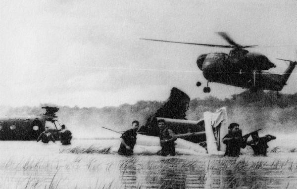 Địa hình khó đi lại của Việt Nam nhanh chóng trở thành một thách thức cho quân khí hiện đại cao của Mỹ