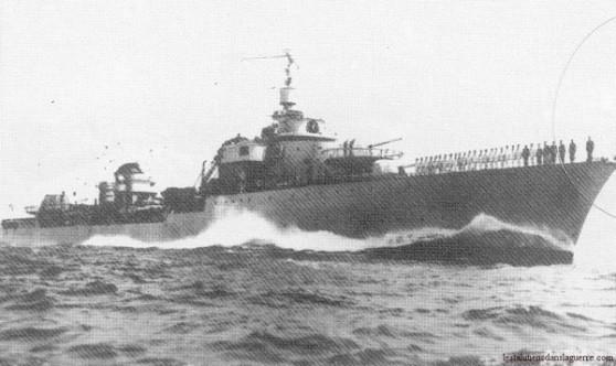 Tàu khu trục Le Triomphant