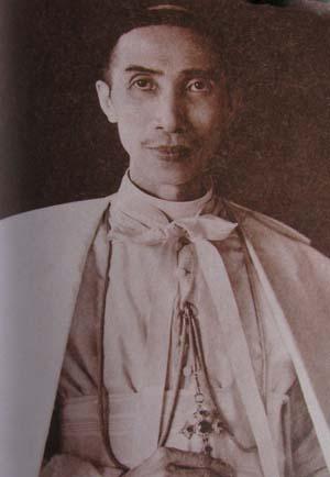 Giám mục Tađêô Lê Hữu Từ