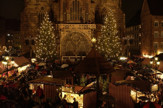Chợ Giáng Sinh nổi tiếng nhất: chợ ở Nürnberg