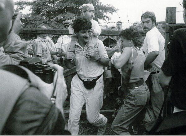 Người dân Đông Đức chạy trốn sang Áo, 19 tháng Tám 1989