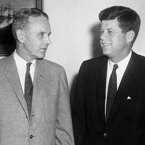 Tổng thống Kennedy và Tướng Maxwell D. Taylor