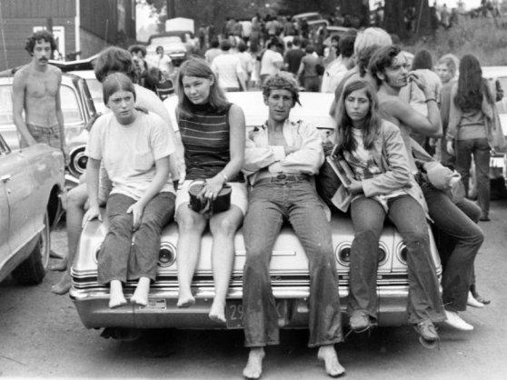 Dân Hippie ở gần Lễ hội Woodstock, tháng Tám 1969