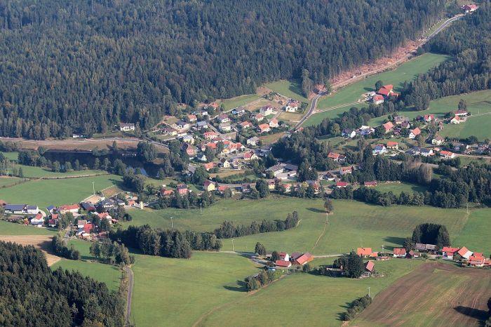 Làng Georgenberg thuộc huyện Neustadt an der Waldnaab trong vùng Bayern
