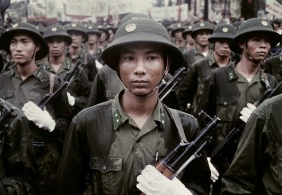 Bộ đội Bắc Việt ở Sài Gòn ngày 15 tháng 5 năm 1975.