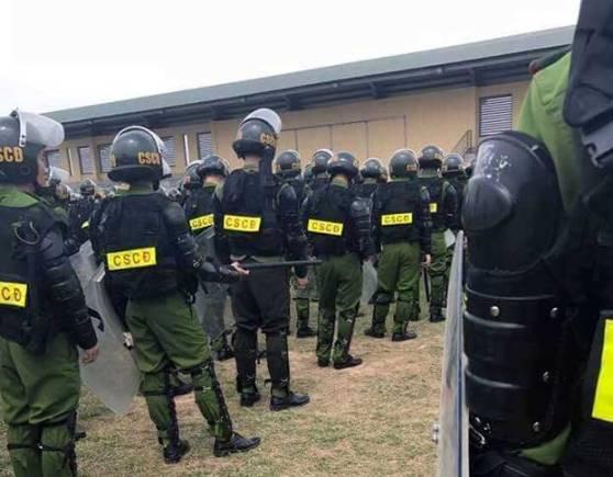 Cảnh sát cơ động được điều động tăng cường đến Mỹ Đức hôm 16/4/2017