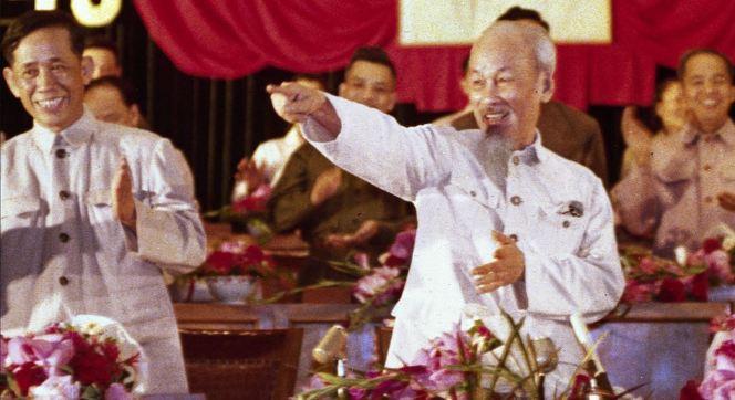 Hồ Chí Minh và Lê Duẩn