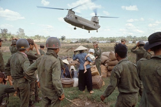 1967 Operation Cedar Falls - Evacuating Ben Suc