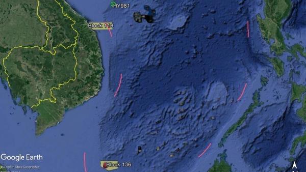 Vị trí của các lô 118 và 136 so với đường lưỡi bò Trung Quốc trên Biển Đông. Địa điểm đặt giàn khoan Hải Dương Thạch Du 981 năm 2014 cũng được ghi chú. CSIS
