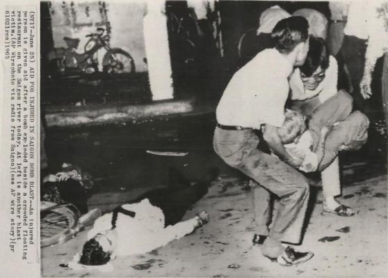 Vụ đánh bom nhà hàng nổi Mỹ Cảnh