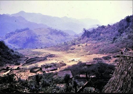 Lào đầu những năm 1970
