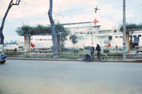 Tàu bệnh viện Helgoland ở Sài Gòn 1967