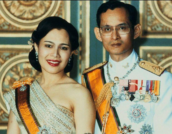 Vua Bhumibol Adulyadej