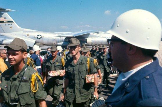 Quân nhân thuộc Tiểu đoàn 3, Trung đoàn 60, Sư đoàn 9, Lữ đoàn 2 trở về Hoa Kỳ sau khi rút khỏi Việt Nam năm 1969.