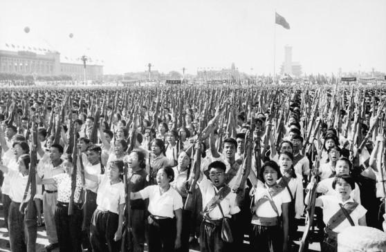 Các thành viên quân đội Trung Quốc đã cam kết ủng hộ Việt Nam trong cuộc chiến chống Mỹ năm 1966. Ảnh: Bettmann/ Getty Images