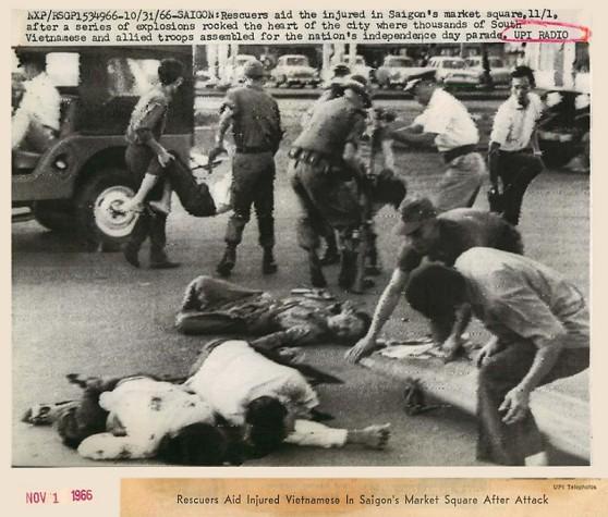 vụ bắn hỏa tiển vào ngay trung tâm Sài Gòn ngày 1 tháng 11 năm 1966, trong lúc hàng ngàn người dân thường và quân đội Đồng Minh đang chuẩn bị đón mừng Quốc Khánh.