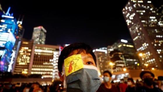 Biểu tình trước trụ sở chính quyền Hồng Kông đòi hỏi cải cách chính trị, ngày 22/08/2019. REUTERS/Kai Pfaffenbach