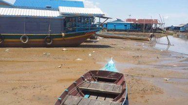 Mực nước thấp ở hồ Tonle Sap vào tháng 6 năm 2019.